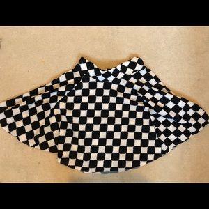 Dresses & Skirts - Checkered Circle Skirt